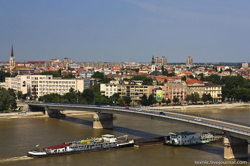Теплоходы на Дунае / Фото из Сербии