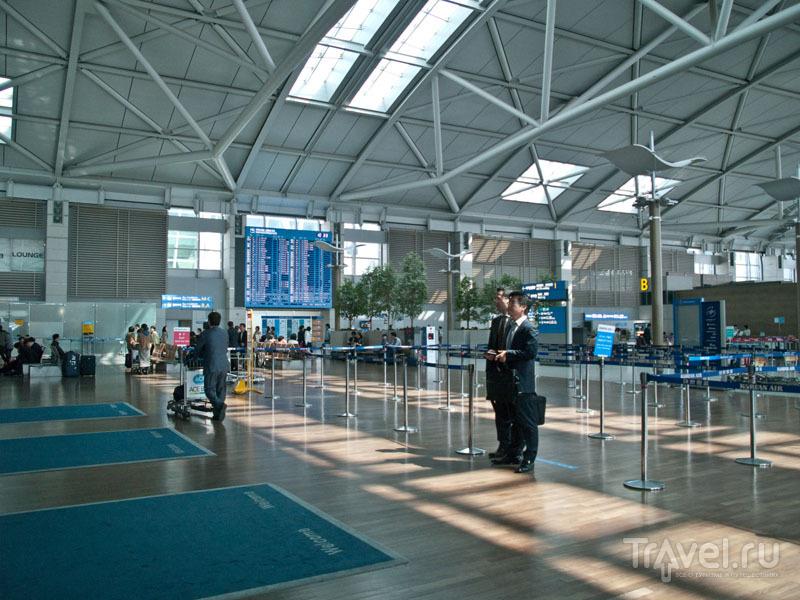 Просторный зал для регистрации в аэропорту Incheon / Фото из Южной Кореи