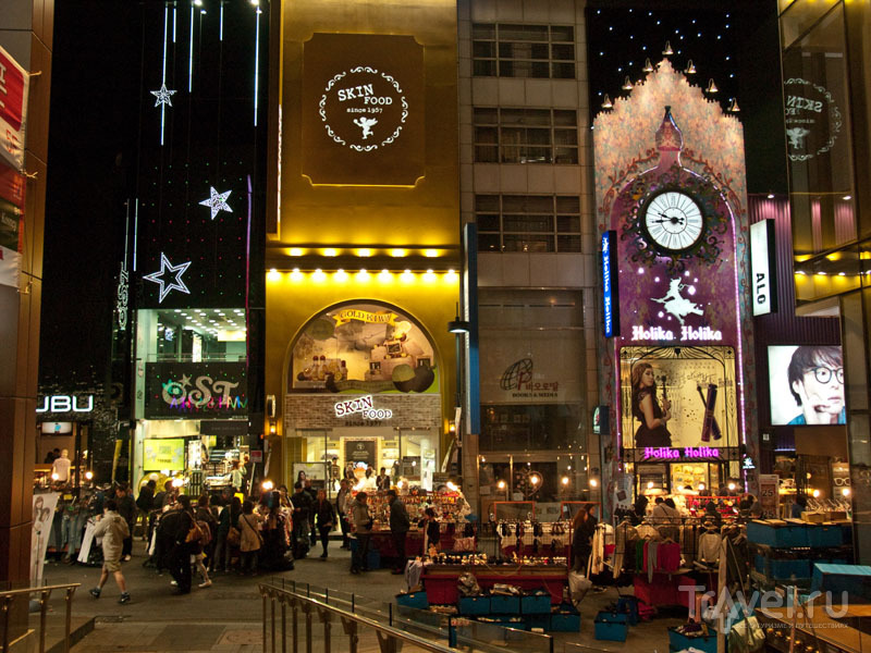 Вечерний Сеул в шопинг-районе Myeong-dong / Фото из Южной Кореи