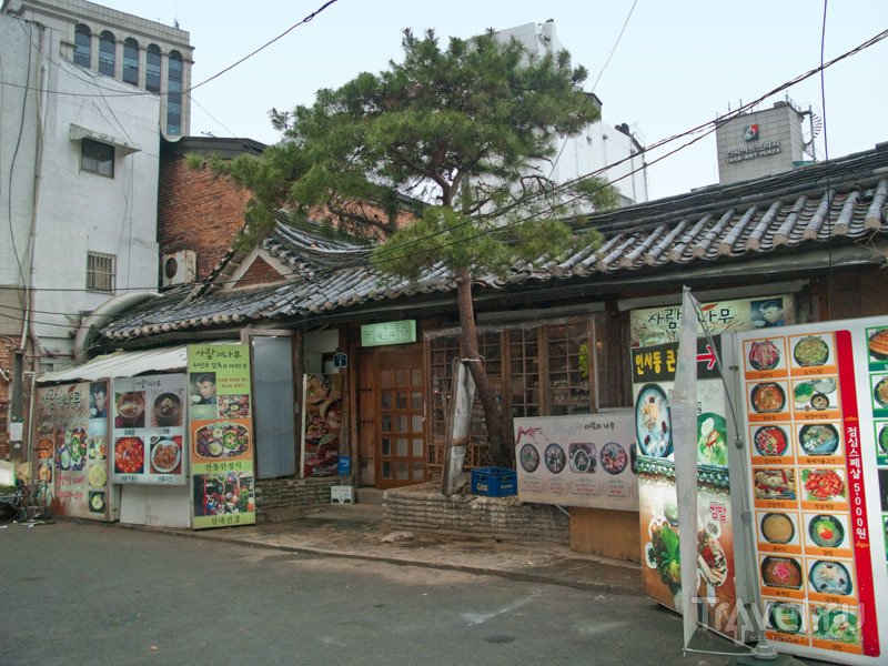 Традиционный ресторанчик на задворках Insa-dong / Фото из Южной Кореи