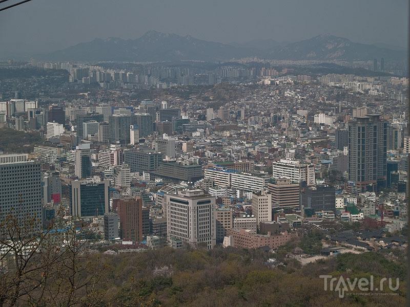 Вид на Сеул с горы Намсан / Фото из Южной Кореи