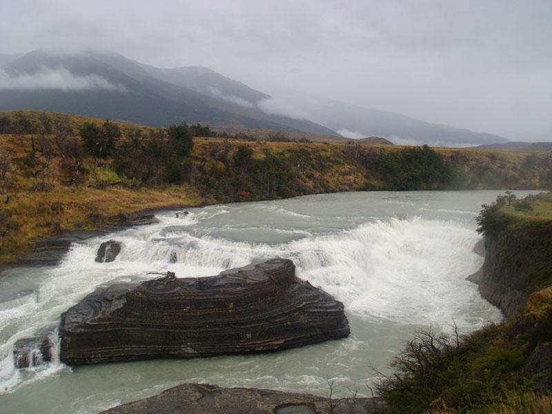 Водопад на реке Паине, Чили / Фото из Чили