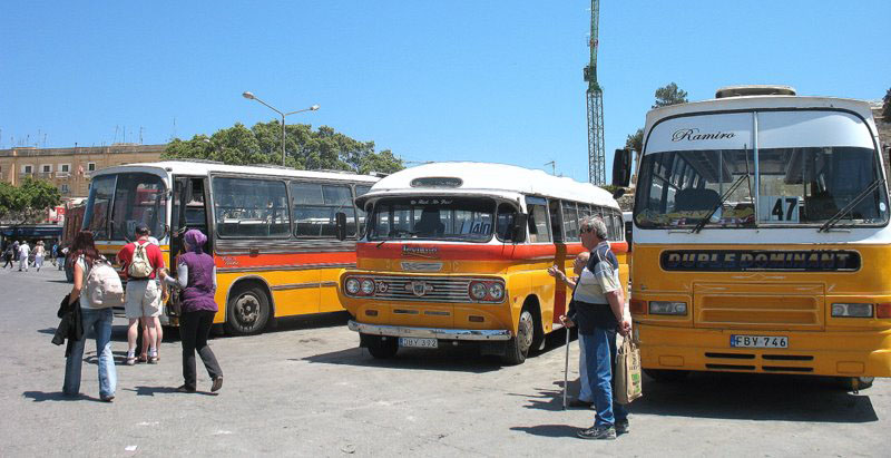Рейсовые автобусы на Мальте: всех видов, возрастов, и у каждого есть свое имя / Фото с Мальты