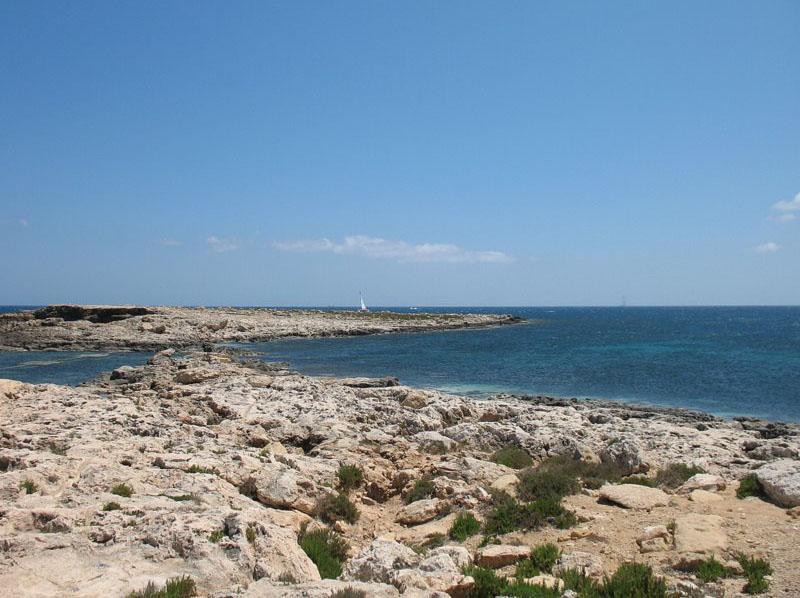 Побережье, около которого Святой Павел потерпел кораблекрушение / Фото с Мальты