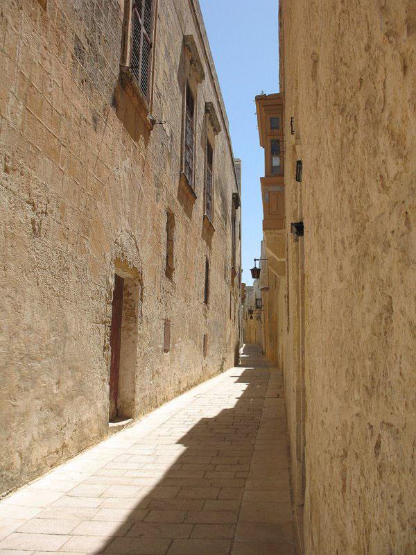 Улочка средневековой Мдины / Фото с Мальты