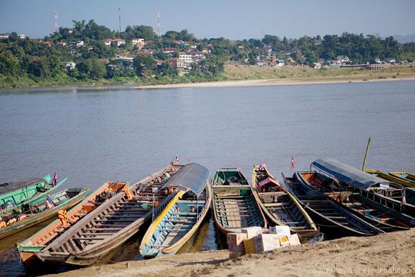 Река Меконг - граница между Таиландом и Лаосом / Фото из Лаоса