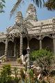мрачноватый храм / Таиланд
