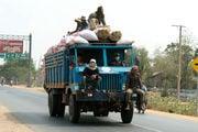 грузовики / Камбоджа