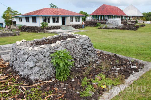 Могила на Самоа / Фото с Западного Самоа
