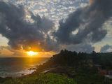 заходящее солнце / Шри-Ланка