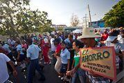 толпы народа / Куба