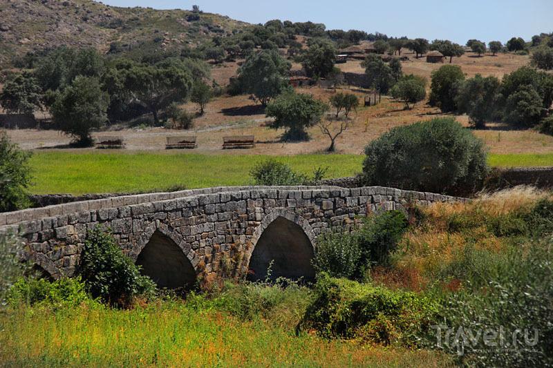 Мост, построенный римлянами, Иданья-а-Велья / Фото из Португалии