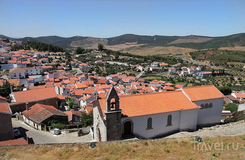 Вид на Пенамакор с разрушенной цитадели / Фото из Португалии