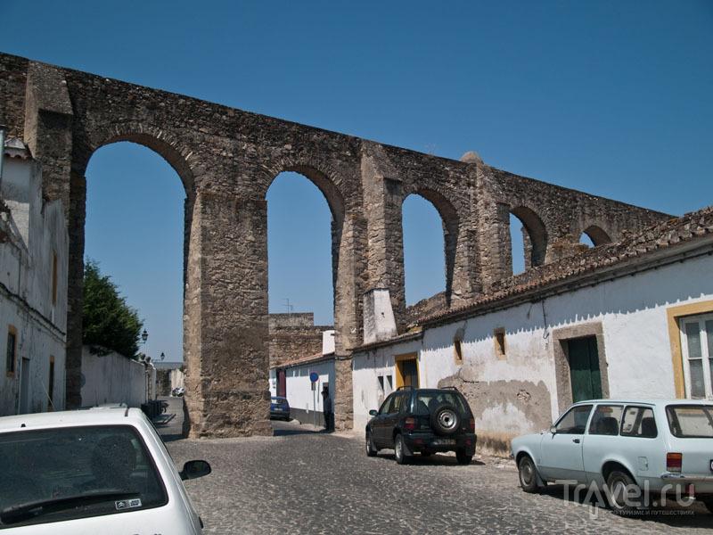 Акведук в Эворе / Фото из Португалии