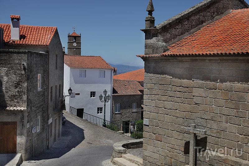 Извилистые улицы Монсанту / Фото из Португалии