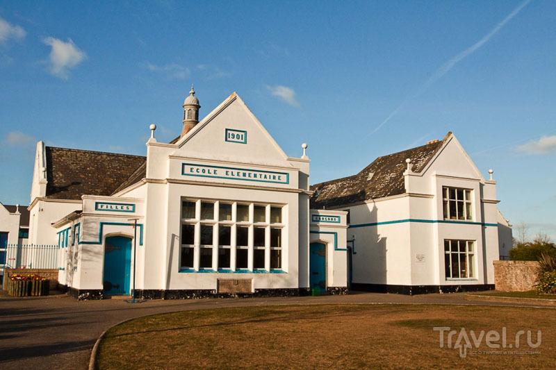 Школа на острове Джерси / Фото из Великобритании