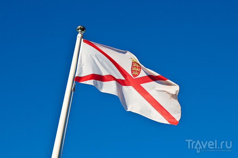 Флаг Джерси / Фото из Великобритании