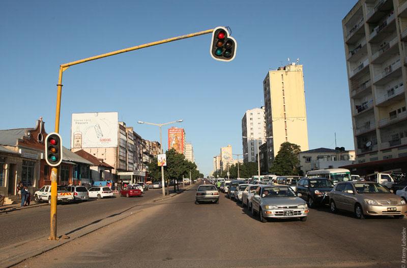 Светофор в Мапуту, Мозамбик / Фото из Мозамбика