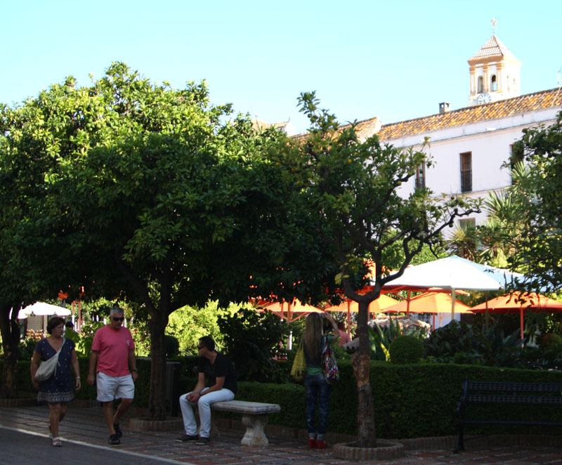 Площадь в Марбелье, Испания / Фото из Испании