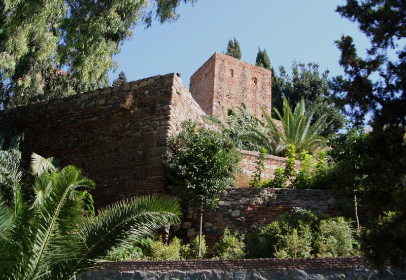 Вид крепости Алькасаба в Малаге, Испания / Фото из Испании