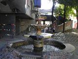дворик с фонтаном / Австрия
