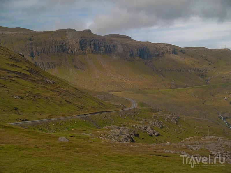 Типичный фарерский пейзаж / Фото с Фарерских островов