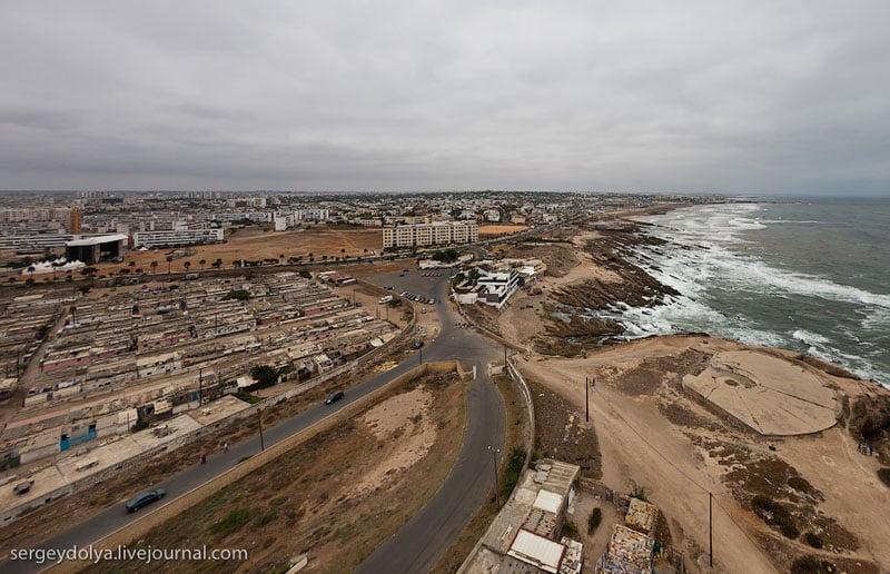 Вид на Касабланку с маяка / Фото из Марокко