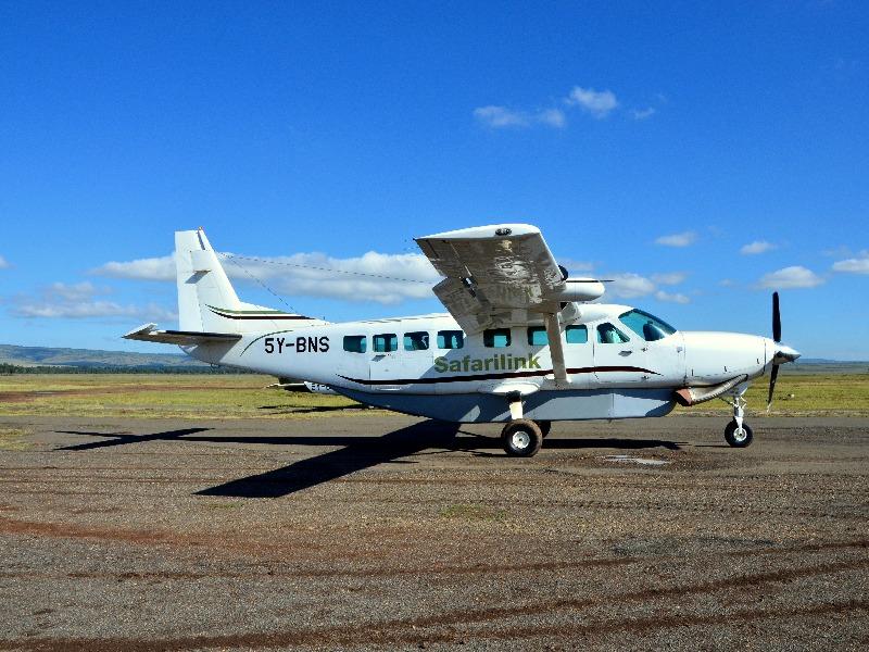Самолет авиакомпании Safarilink, Кения / Фото из Кении