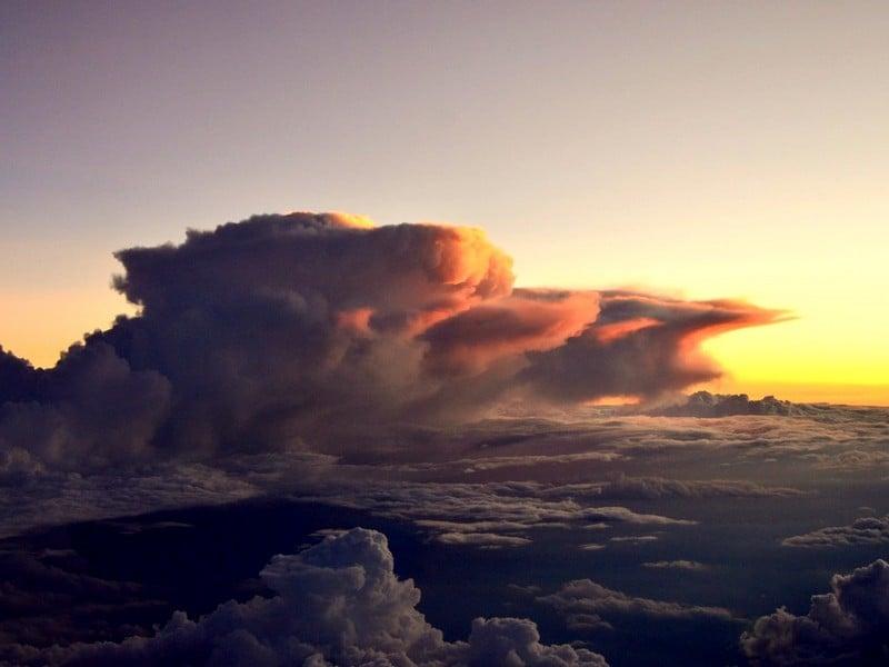 "Облако - ""морда льва"" в небе над Кенией / Фото из Кении"