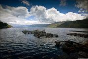 Озеро днем / Индонезия