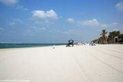 Пляж нашего отеля / ОАЭ