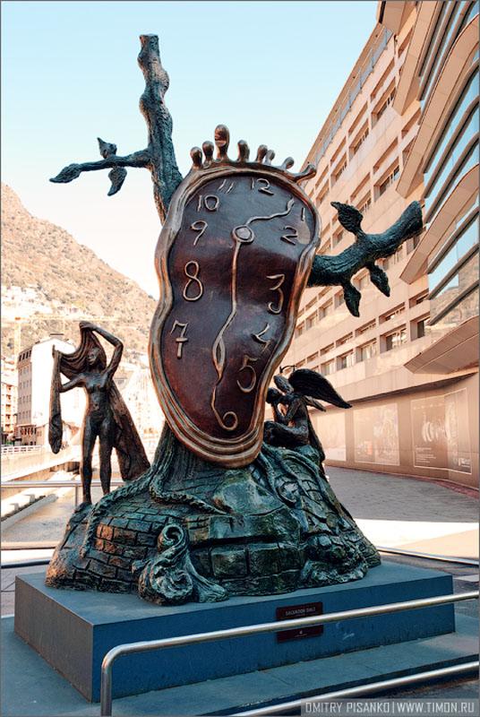 Памятник Сальвадору Дали в Андорра-ла-Велья / Фото из Андорры