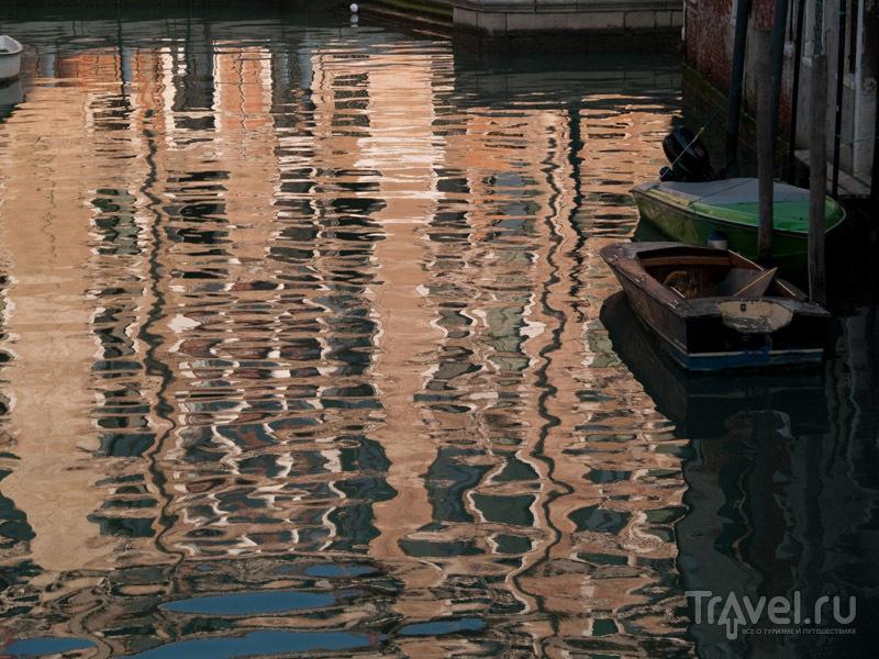 Отражение в канале / Фото из Италии