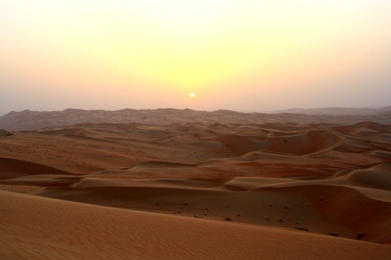 Закат в пустыне Лива, Абу-Даби / Фото из ОАЭ