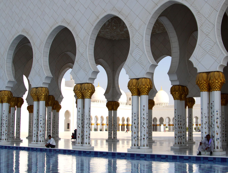 Бассейны в мечети шейха Зайеда, Абу-Даби / Фото из ОАЭ