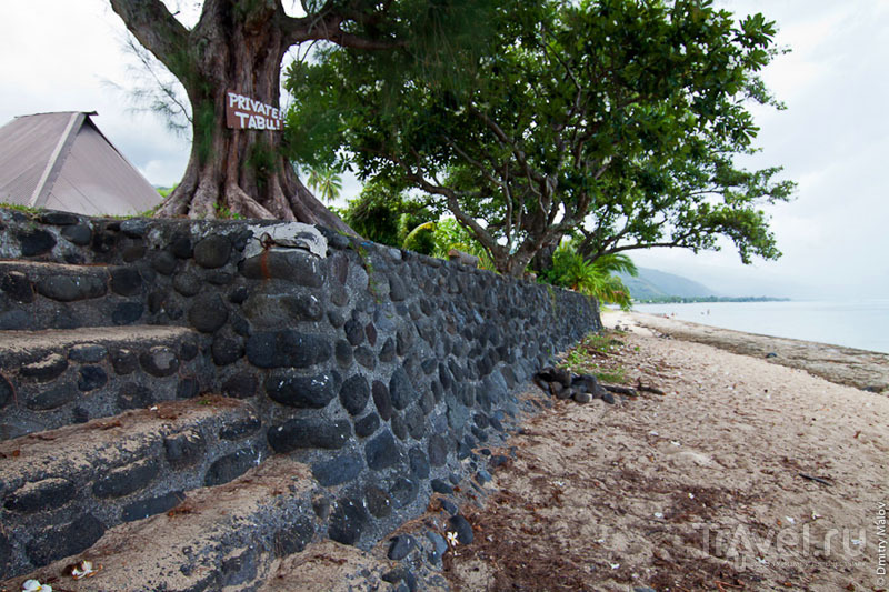 Типичный двор на Таити / Фото из Французской Полинезии