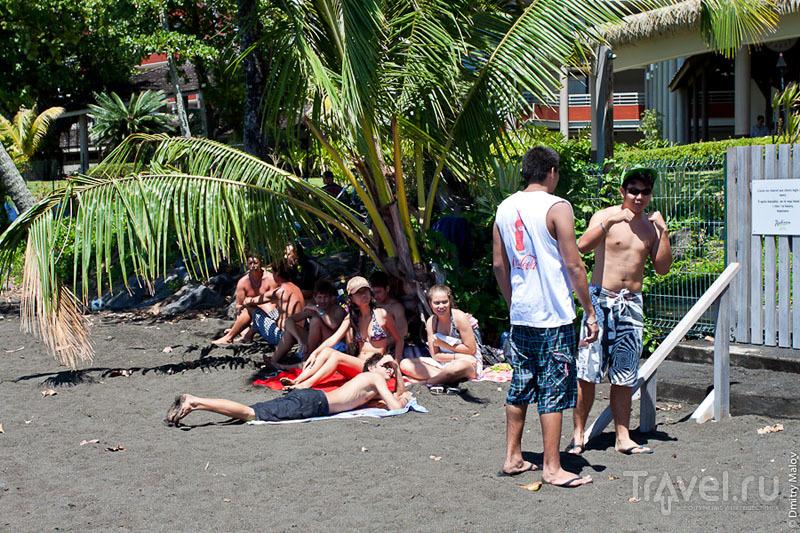 Песчаный пляж на Таити / Фото из Французской Полинезии