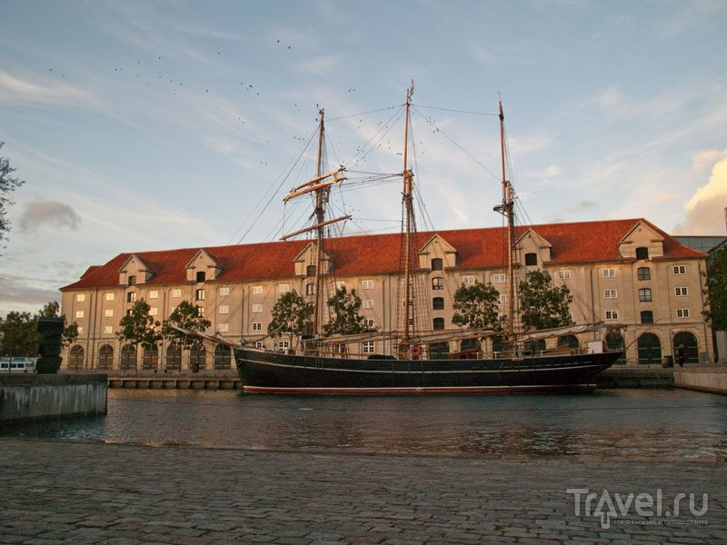 Мачтовый корабль в Копенгагене / Фото из Дании