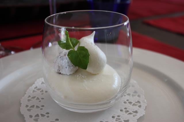 Десерт в ресторане Tundra, Финляндия / Фото из Финляндии