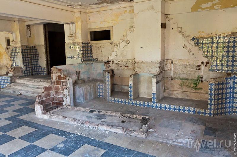 Полуразрушенный дом в Сан-Мигель-де-лос-Баньос, Куба / Фото с Кубы