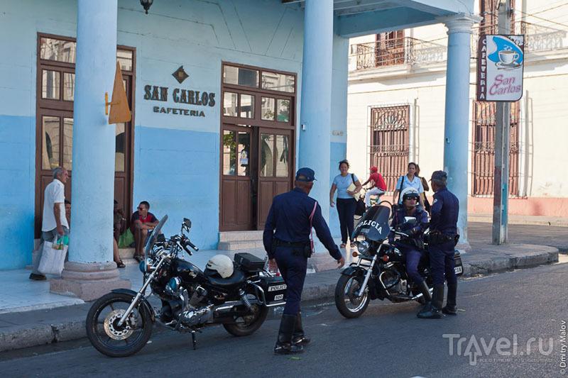 Полиция на Кубе / Фото с Кубы