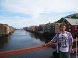 На фоне домиков / Норвегия