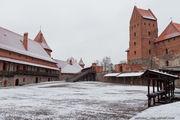 Внутри замка / Литва
