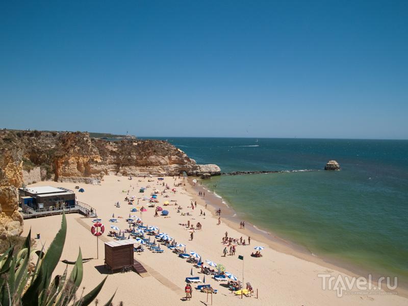 Красивый пляж в Прая-да-Роша / Фото из Португалии