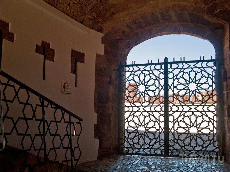 Ажурные ворота Силвешской крепости / Фото из Португалии
