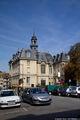 Здание с башней / Франция