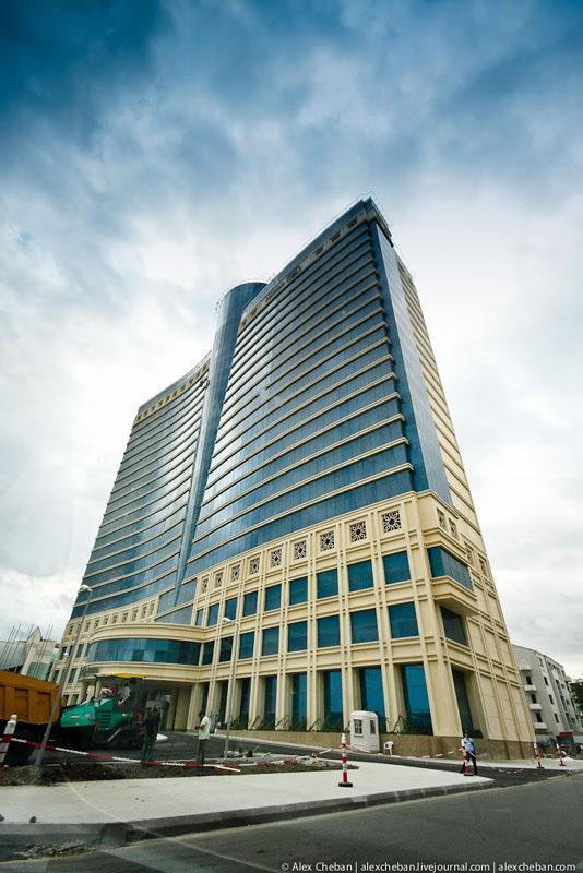 Небоскреб в Баку / Фото из Азербайджана