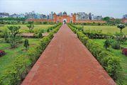 На территории крепости / Бангладеш