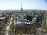 Видна на Эйфелеву башню / Франция