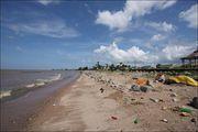 Море за дамбой / Гайана